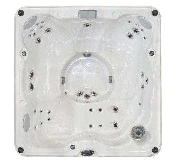 Jacuzzi J-235 hot tub